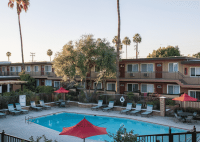 couryards and tierra palms poolside